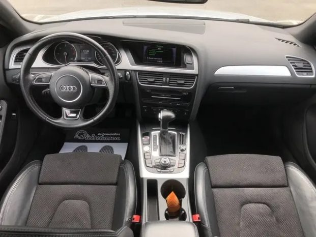 AUDI A4 3.0 TDI PAQUETE RS4 lleno